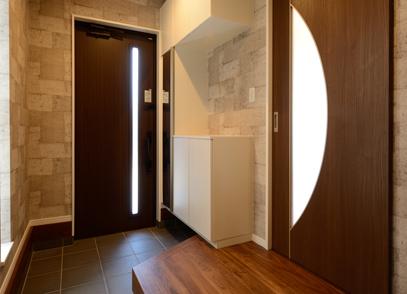 滋賀県草津市追分3丁目 モデルハウス(3LDK+中二階) 写真